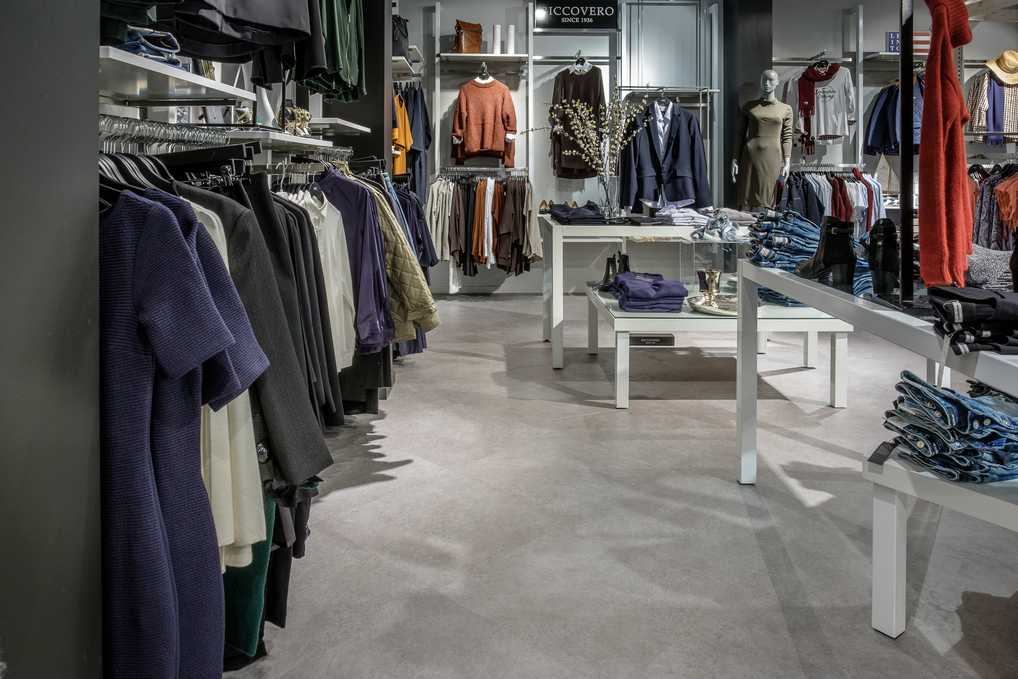 Expona Commercial 5068 - Cool Grey Concrete